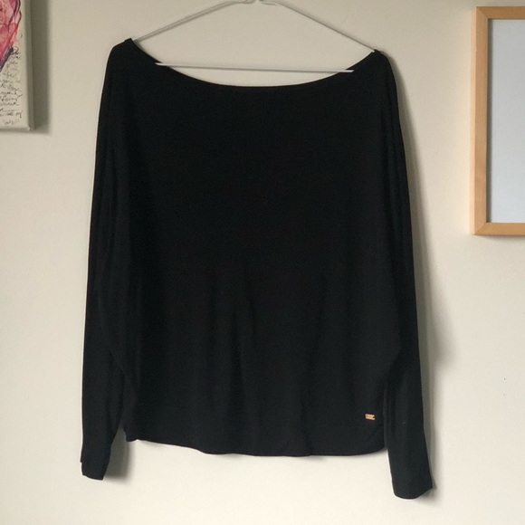 Roots wide neck dolman sleeve top - size Large